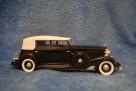 Atvērt galeriju 'Cadillac Fleetwood 1933.gads' (fotogrāfijas: 4; pievienota 06.03.2012.; skatījumi: 794)